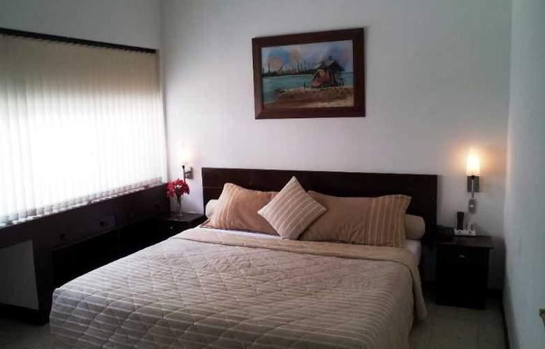 Granada Inn - Cali - Room - 13