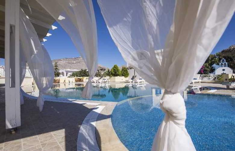 Bella Santorini - Pool - 15
