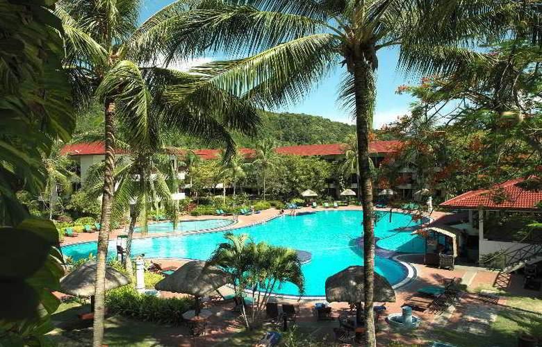 Holiday Villa Beach Resort & Spa Langkawi - Pool - 4