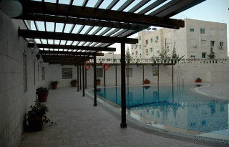 Amman Cham Palace - Pool - 5