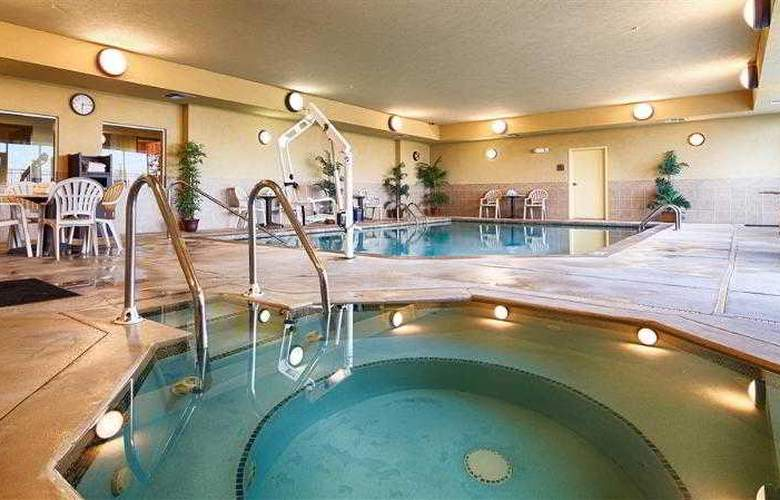 Best Western Butterfield Inn - Hotel - 41