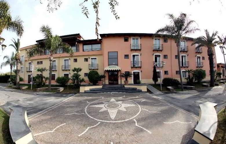 Hotel Liternum - Hotel - 6