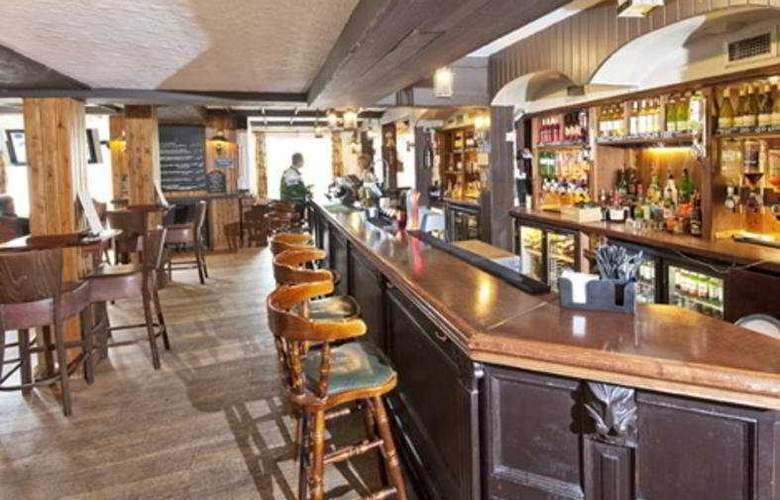 Fountain Inn - Bar - 4