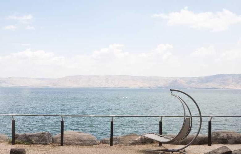 The Rimonim Galei Kinneret - Beach - 12