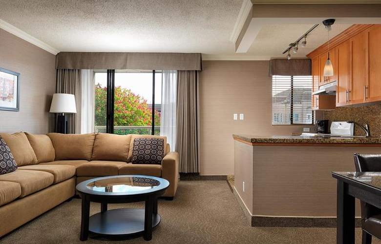 Best Western Plus Inner Harbour - Room - 176