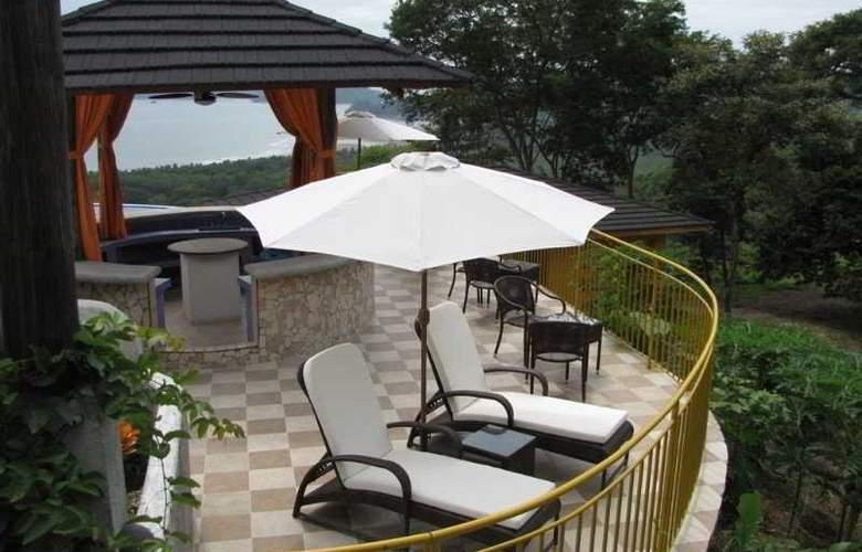 Vista Las Islas Spa & Eco Reserva - Terrace - 9