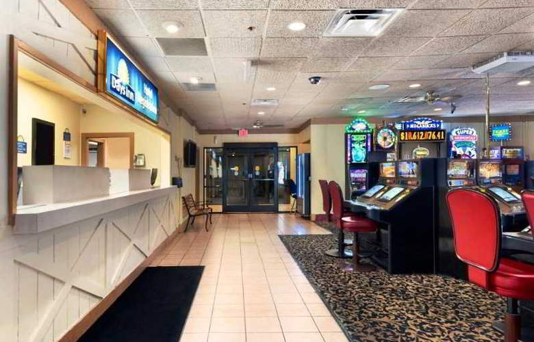 Days Inn-Las Vegas at Wild Wild West Gambling Hall - General - 9