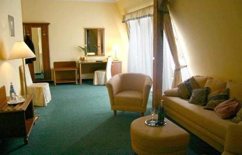 William - Room - 4