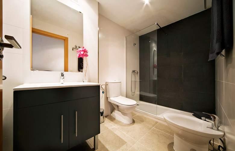Marina Suites - Room - 4