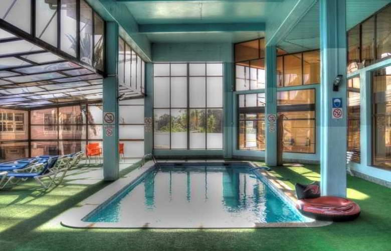 Auramar Beach Resort - Pool - 18