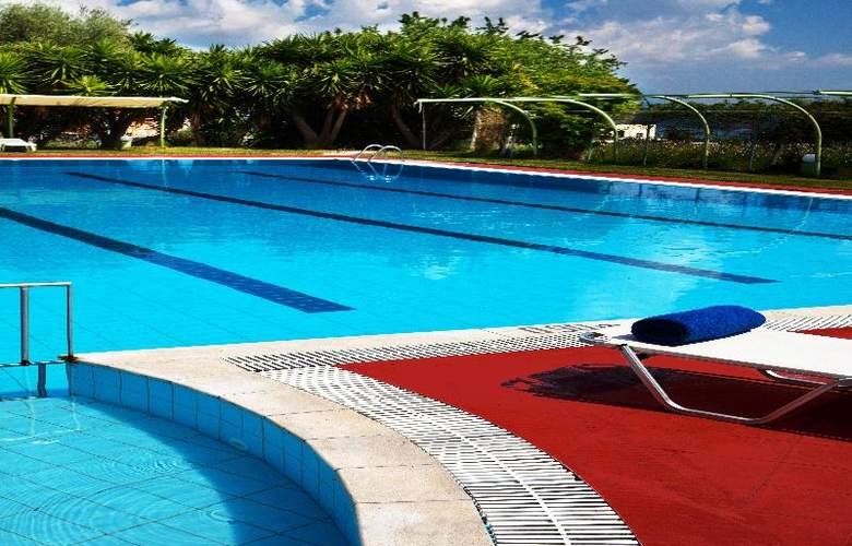 Palatino - Pool - 7