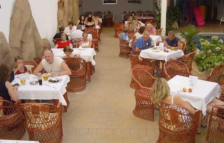 Neptuno Calella - Restaurant - 6