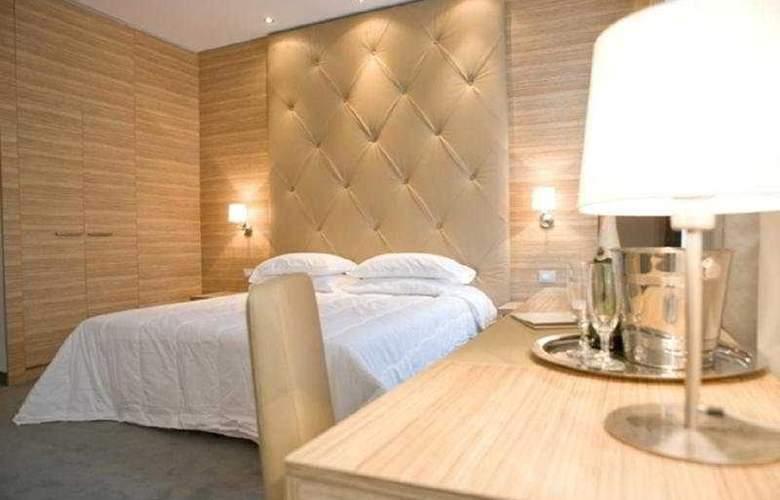 Area Roma - Room - 5