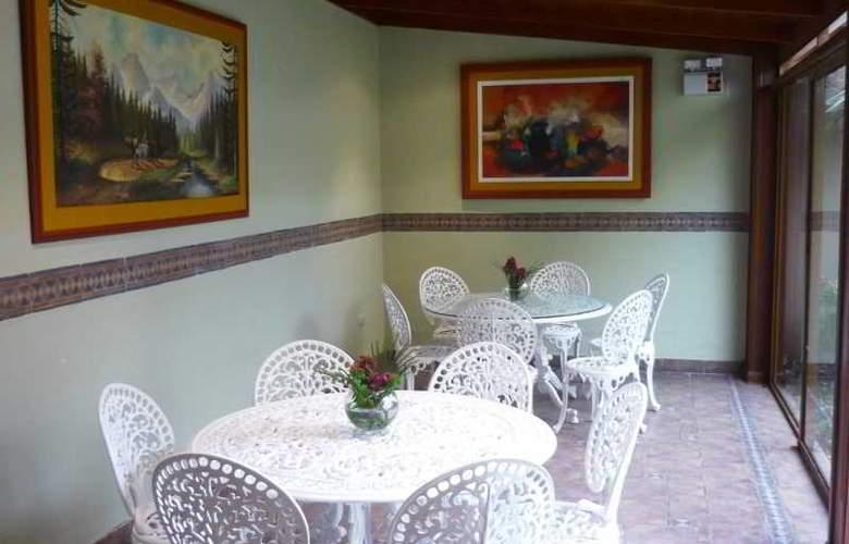 Sevilla House - Hotel - 3