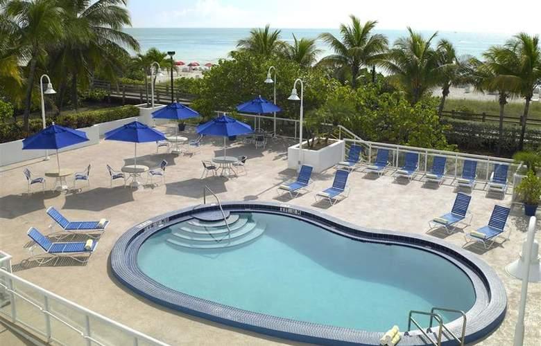 Best Western Plus Atlantic Beach Resort - Pool - 80