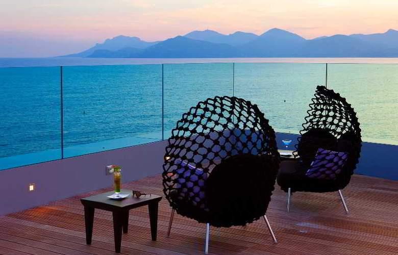 Le Radisson Blu 1835 Hotel & Thalasso - Terrace - 14