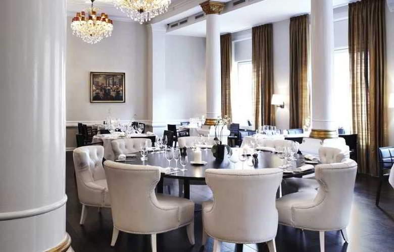 First Grand - Restaurant - 8