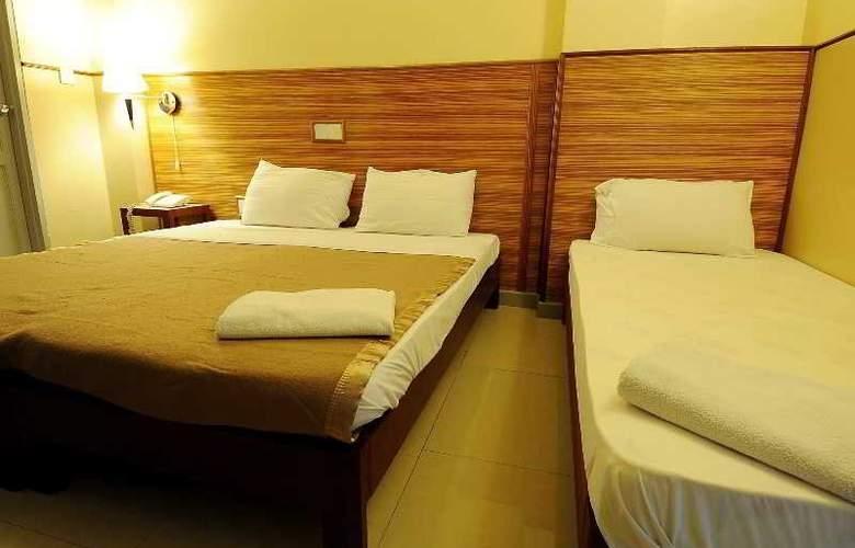 Luckyhiya - Room - 16