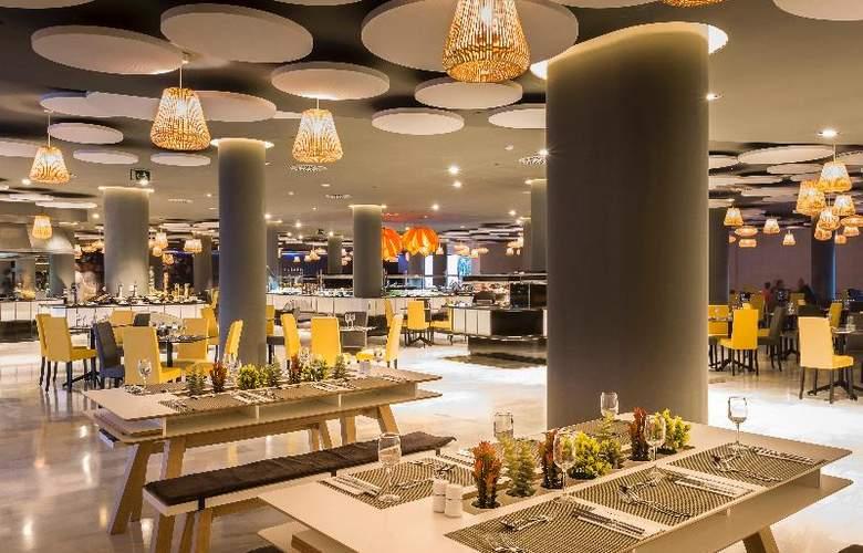 Grand Palladium White Island Resort & Spa - Restaurant - 28