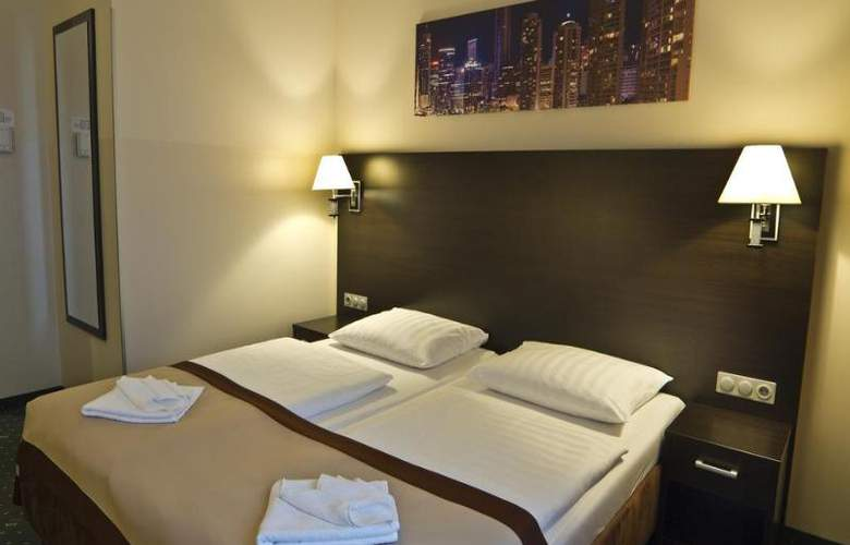 Ivbergs Htl Premium - Room - 7
