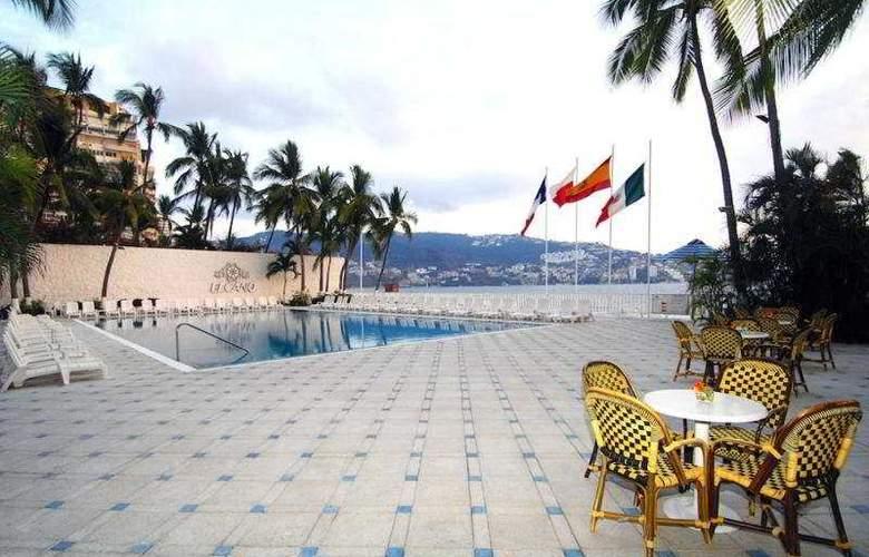 Elcano - Pool - 6
