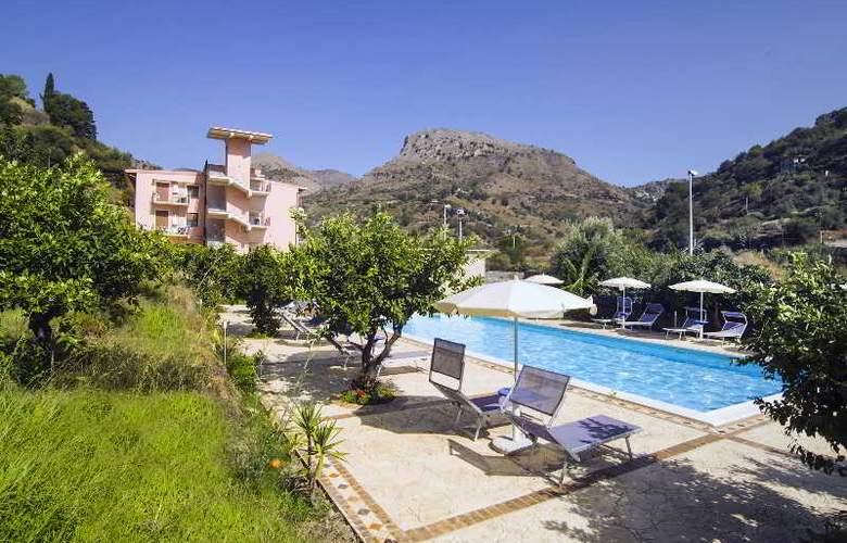 Villa Taormina - Hotel - 5