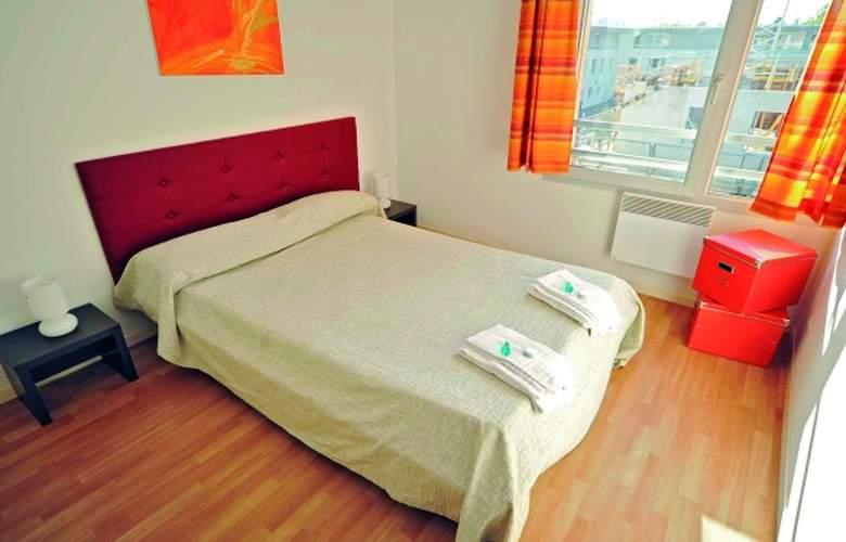 Park & Suites Confort Bourg-en-Bresse - Room - 4