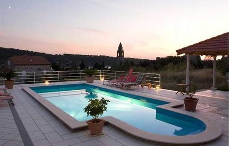 Villa Vilina - Pool - 2