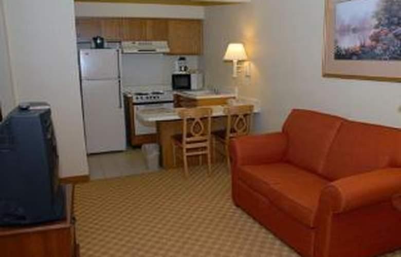 Econo Lodge  Inn & Suites Six Flags - Room - 4