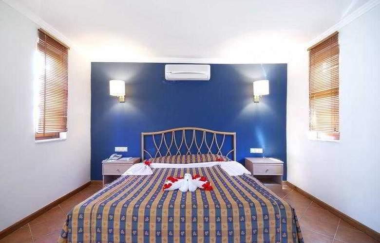 La Mer Art - Room - 5