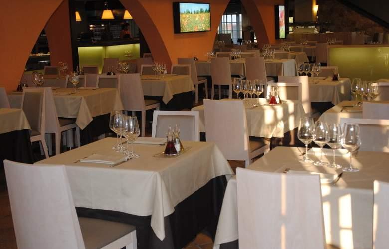 Bungalows Papalús - Restaurant - 16
