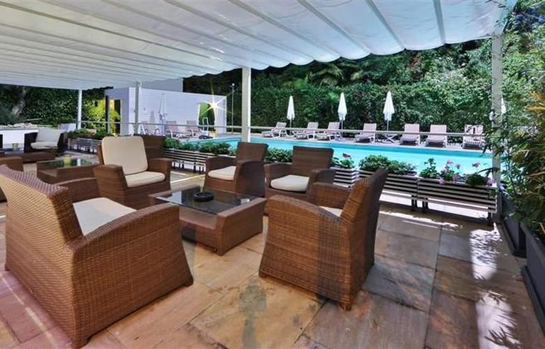 Best Western Jet Hotel - Pool - 51