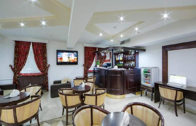 Kassado-Plaza - Bar - 12