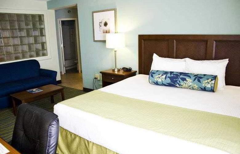 Best Western Plus Myrtle Beach Hotel - Hotel - 12
