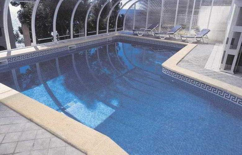 Roc Illetas - Pool - 6