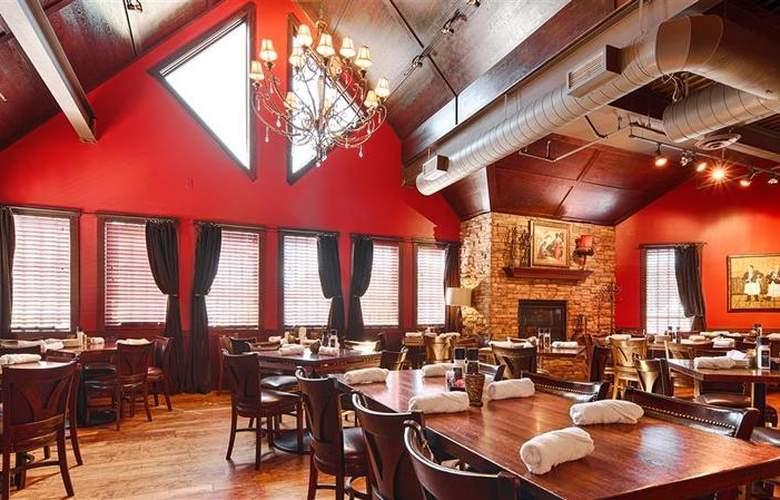 Best Western Plus White Bear Country Inn - Restaurant - 115