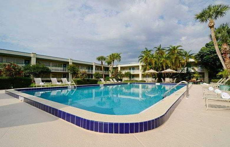Best Western Plus Downtown Stuart - Hotel - 25