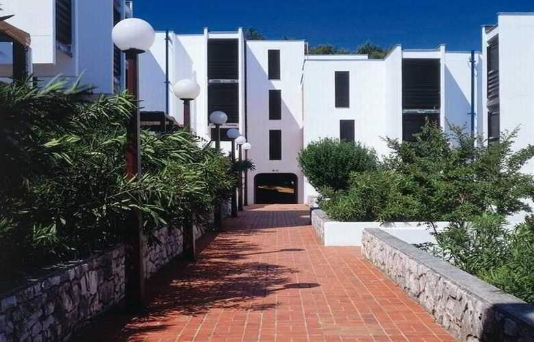Apartments Lanterna Rabac - Hotel - 1