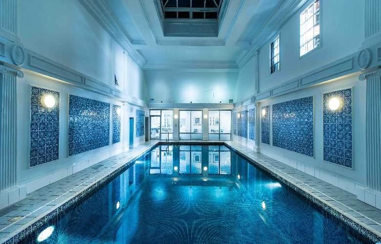 Thainstone House Hotel - Pool - 14
