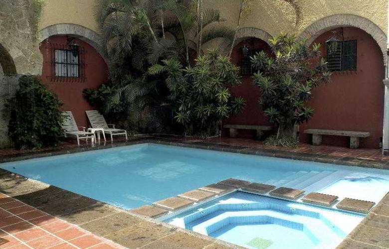 De Mendoza - Pool - 3