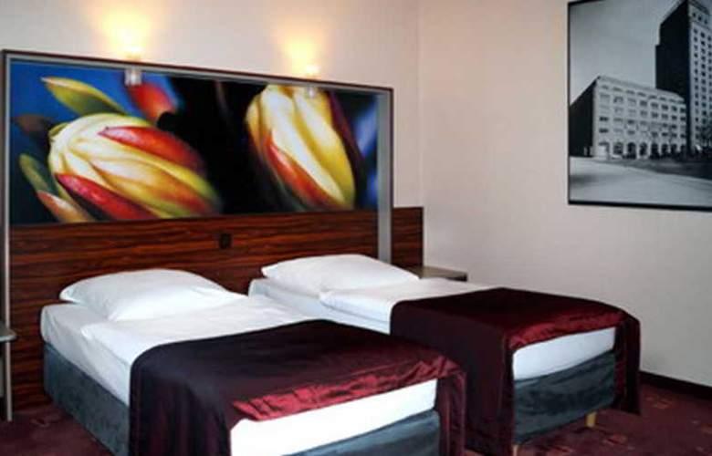 Azimut Hotel Köln - Room - 9