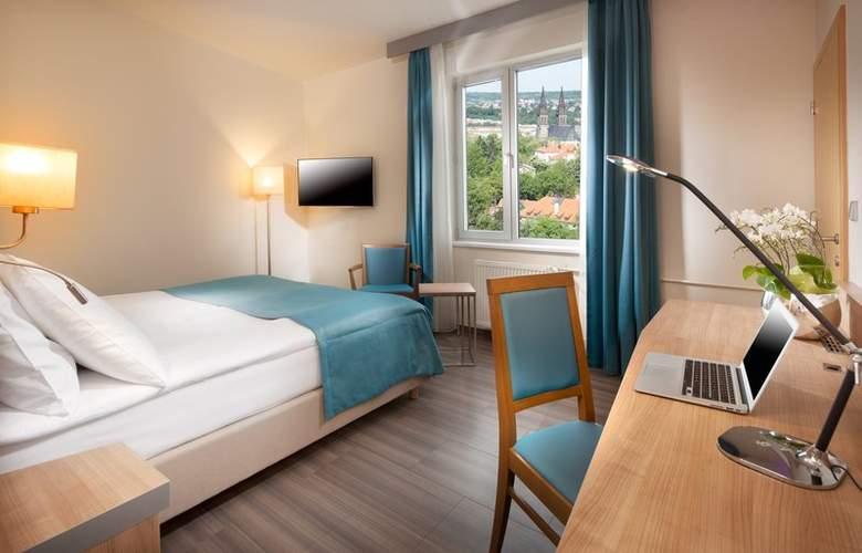 Holiday Inn Prague Congress Centre - Room - 5