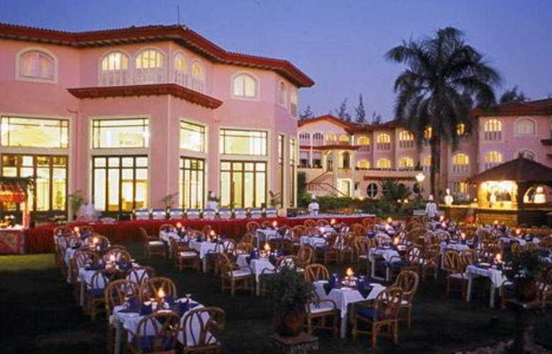 Kenilworth Beach Resort - Restaurant - 9