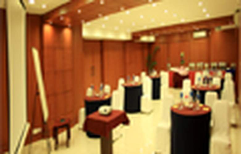 Shilton Royale - Conference - 3