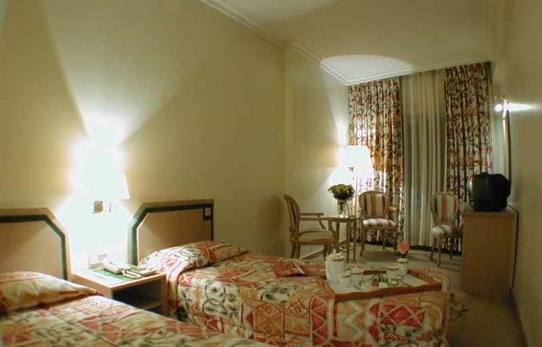 Seres Hotel - Room - 2