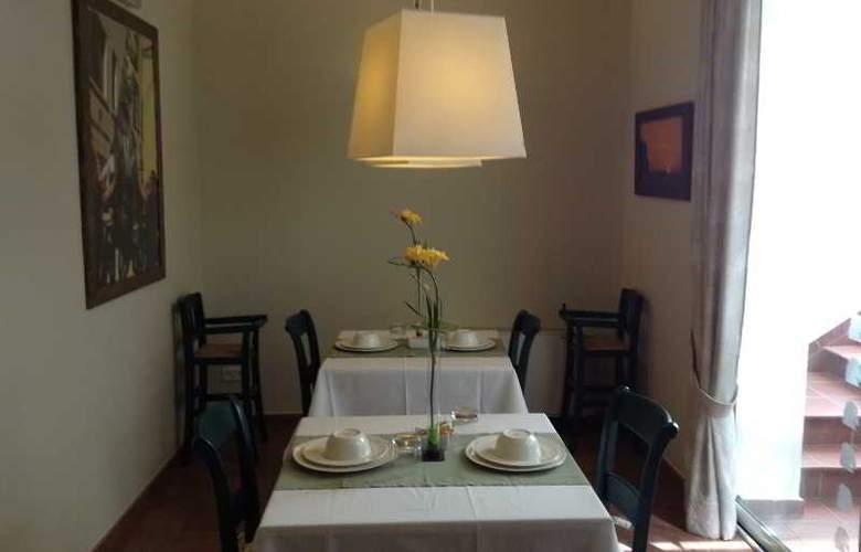 Es Mercadal - Restaurant - 11