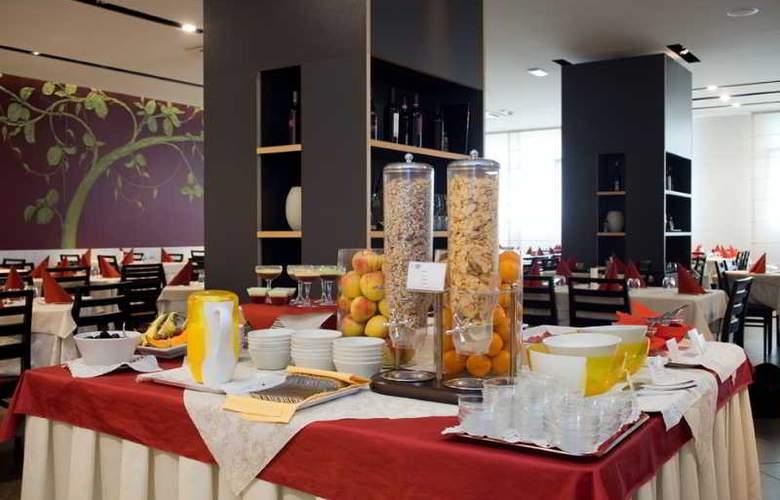 Eden Hotel - Restaurant - 20