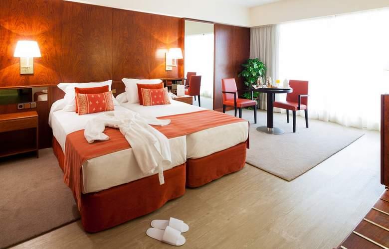 Royal Plaza - Room - 8
