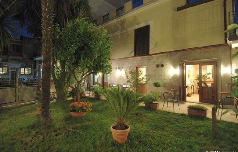 Albergo Pace - Terrace - 18