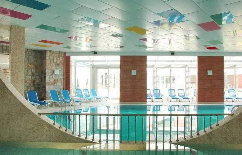 Yelken Spa Hotel - Pool - 8